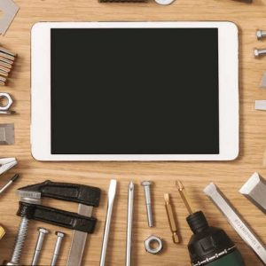 Pros and cons of creating apps on an ecommerce app platform